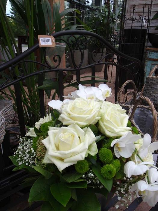 witte vitrinekast aanbieding avh outdoor kortingscode